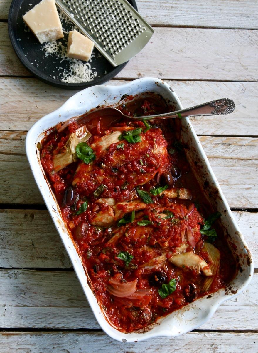 Kylling i tomat- og olivensaus – Maj-Britt Aagaard
